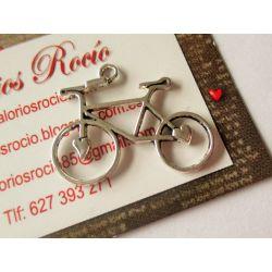 Colgante de bicicleta de metal 23x30 mm