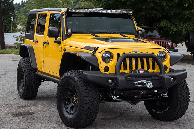 custom-2015-jeep-wrangler-unlimited-rubicon-baja-yellow-HEMI-6-4--pass-three-quarter