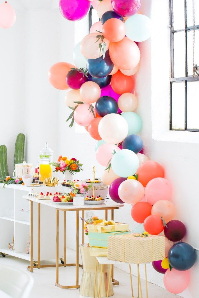 Balloon Garland - Love this idea and I love the color combination!