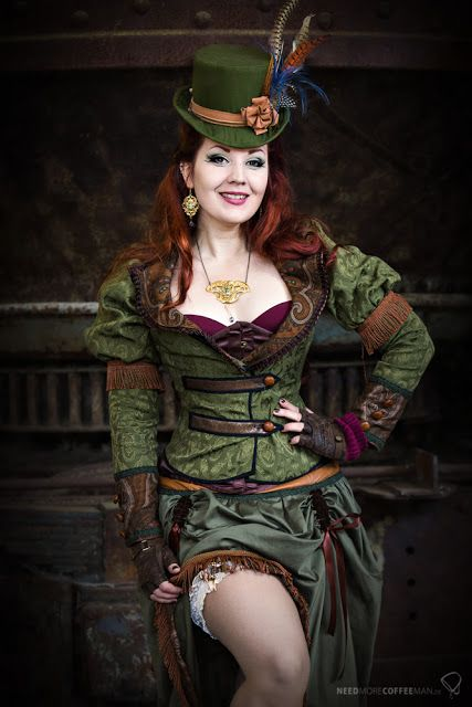 Madmoiselle Meli as a sexy Steampunk Leprechaun for St. Patrick's Day (holiday cosplay)  - For costume tutorials, clothing guide, fashion inspiration photo gallery, calendar of Steampunk events, & more, visit SteampunkFashionGuide.com