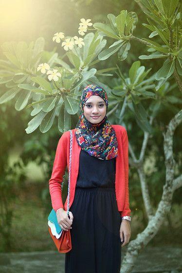 natural hijab