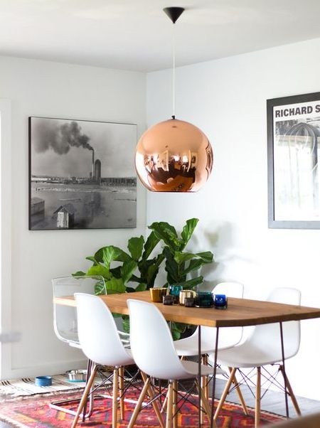 Below you will find instructions on how  to make your own copper-look pendant light, using any type, size or shape of plastic container and Rust-Oleum Metallics - copper