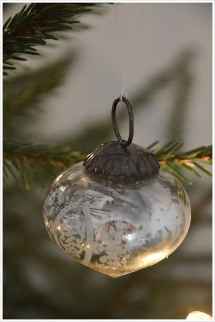 Beautiful..... Love these Mercury Christmas ornaments . ❤️❤️❤️
