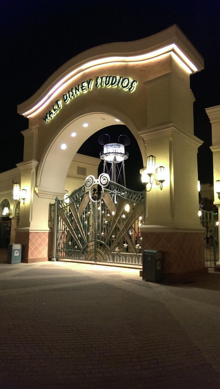 Entrance of the Disneyland Paris Walt Disney Studio's park by night with lights #DLP #DLRP