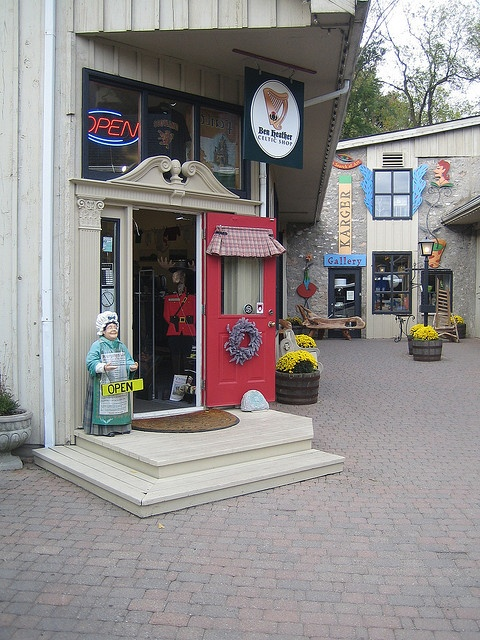 Elora Mews courtyard shops, 45 Mill St. West, Elora, Ontario, Canada photo by eloramews, via Flickr