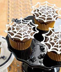 Halloween Cupcake Ideas: Halloween Parties, White Chocolates, Spiderweb Cupcakes, Halloween Cupcakes, Halloween Treats, Halloween Cakes, Halloween Ideas, Halloween Sweet, Spiders Web