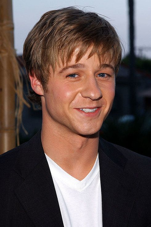 "Ben McKenzie as Ryan Atwood | It's Been 10 Years Since ""The OC"" Ended, So Here's What The Cast Looks Like Now"