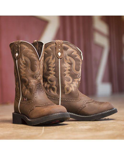 Justin Women's Aged Bark Boot   http://www.countryoutfitter.com/products/20454-womens-aged-bark-boot-l9909