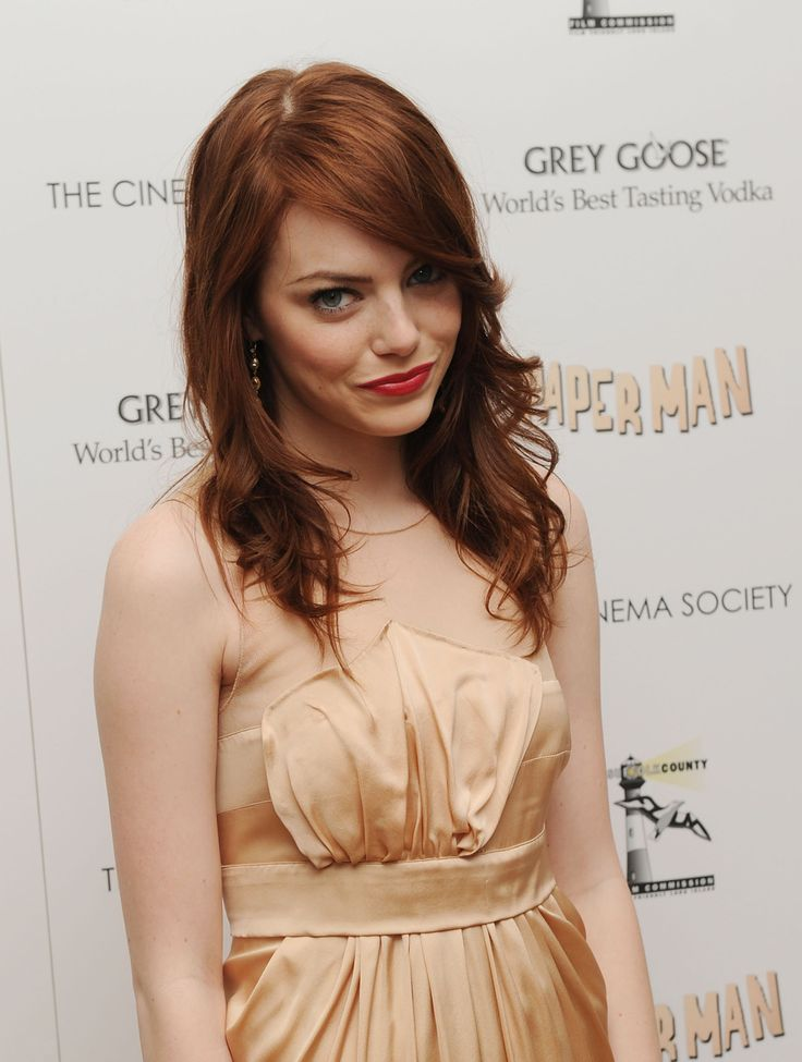 I think this is what I want for my haircut... :) emma stone is fab.