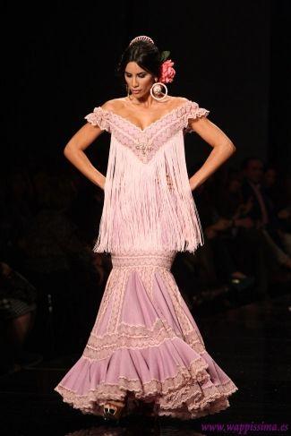 フラメンコ Flamenco  Colección El estilo jamás se pierde por  Loli Vera en  SIMOF 2013