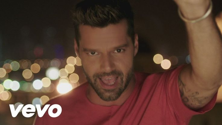 Ricky Martin - La Mordidita (Official Video) ft. Yotuel