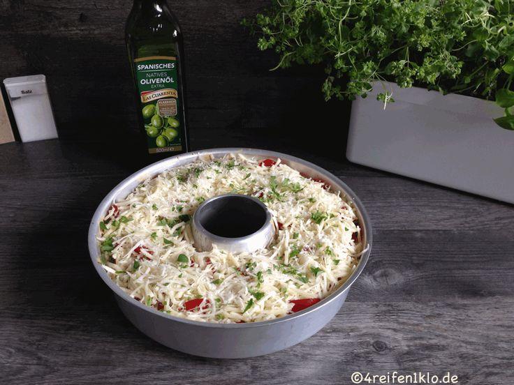 Der Tomaten-Nudel-Auflauf kurz vor dem backen