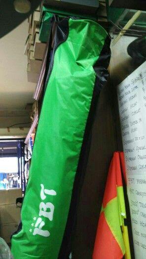 Tas Bola FBT bisa isi 5 bola kualitas bahan sangat baik sangat cocok untuk club bola/sekolah tersedia 3 warna merah, orange, hijau tergantung persediaan  bisa order satuan WA.08161115220 08129380852