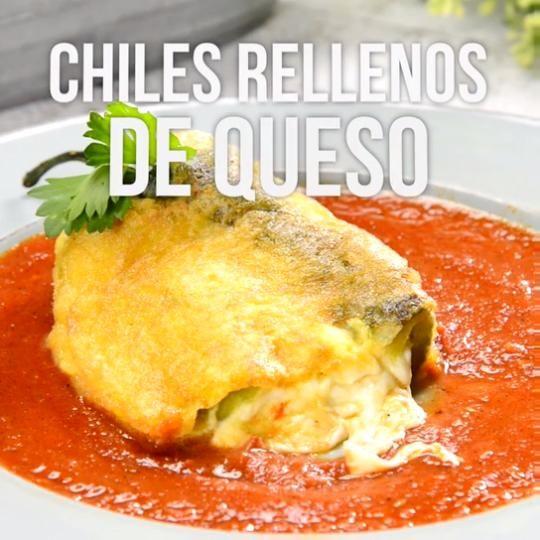 Video de Chiles Rellenos de Queso en Caldillo de Tomate