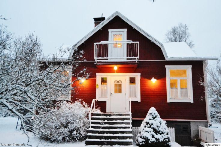 Luukku 22: Onneni Punainen tupa ja valkea joulu. #joulukotikalenteri #joulu #punainen #styleroom