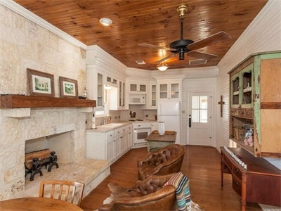 Ideal Hill Country Ranch: 7735 Ranger Creek Rd Boerne, TX 78006 United States Marilyn Bell  #realestate #texas #KSIR