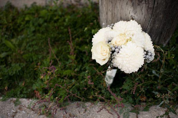 Floral Design: Petals - freshpetals.ca/ Photography: Jenn Stark Photographers - jennstarkphotographers.com/  Read More: http://stylemepretty.com/2012/03/02/kitchener-wedding-by-jenn-stark-photographers/