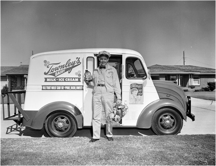 1953 Townley's Dairy Milk Truck Delivery Man  8 x 10 Photograph  // Oh, those must have been the days!
