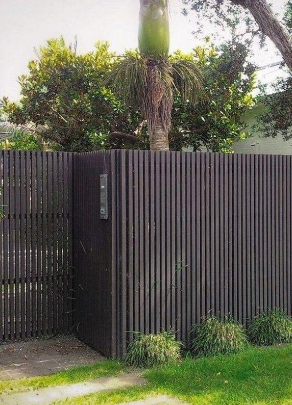 Garten Gartenlounge Gartenterrase Gartenpaletten In 2020 Modern Fence Design Fence Design Modern Fence