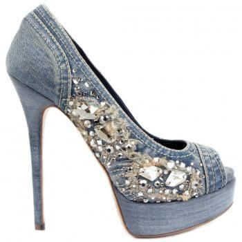Absolutely Love these Denim Bling Heels!!: