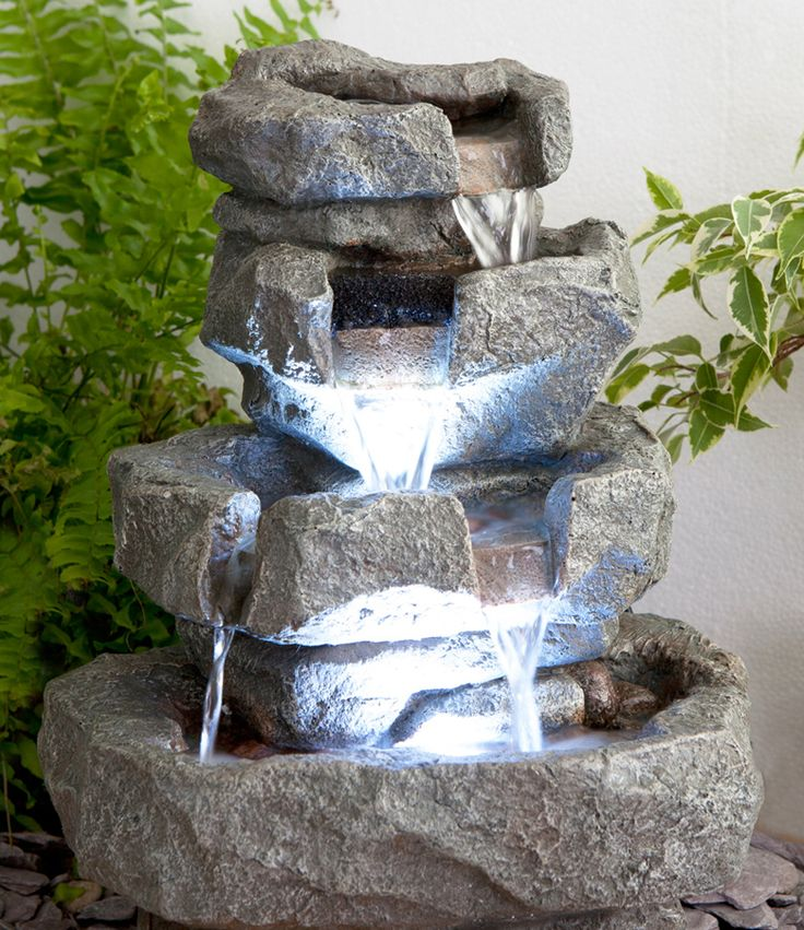 25 best ideas about gartenbrunnen mit beleuchtung on for Katzennetz balkon mit solar led garden lights