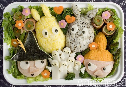 Moomins (instructions are copied from original website) :For Little My I used leftover yam from the Lorax bento. I made a tear drop shape with a small oval shape using plastic wrap, and put it in the bento. Then I cut out ham in the same shape I used for Snufkin, and put it on her face. Moomin, mixe rice with ground black sesame seed and and mixe it with rice and a little bit of salt; For the Snork Maiden, mix rice with the yolk from a hard boiled egg. I wrapped mashed potato in plastic…