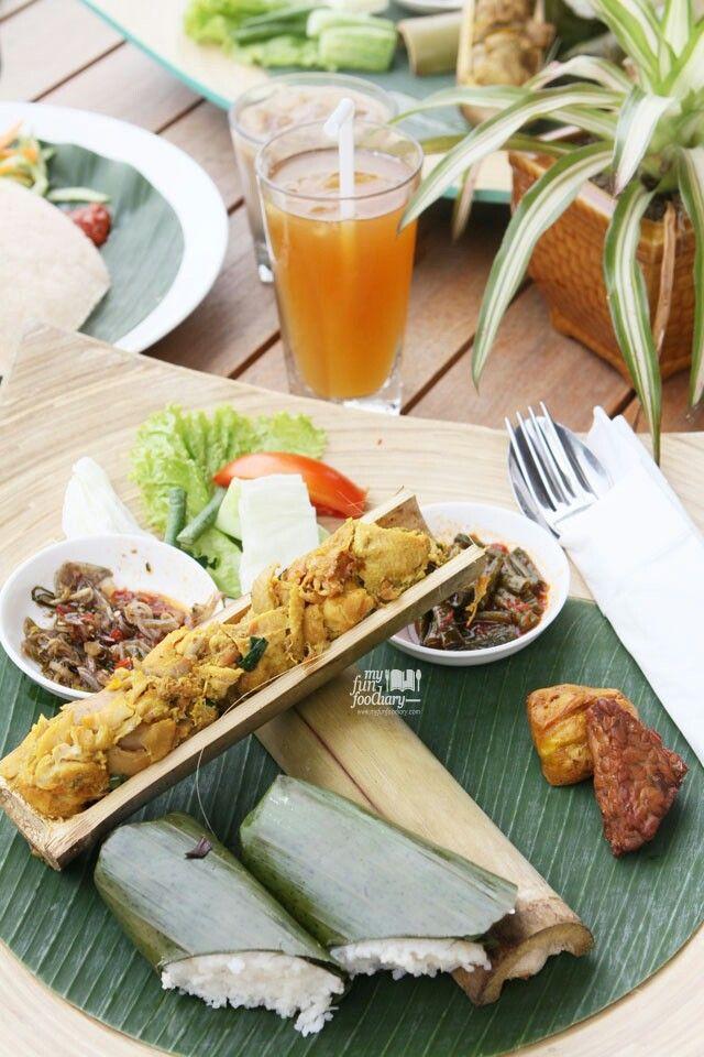Steamed Chicken dish and rice inside bamboo shoot Nasi bambu #bamboo
