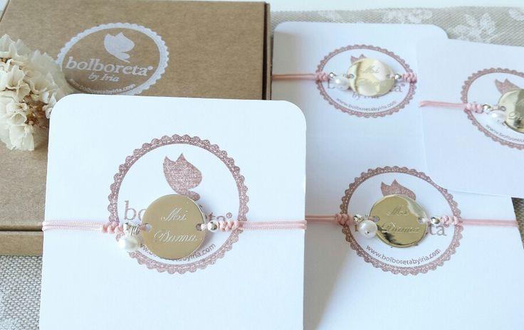 Bracelets for bridesmaids. Pulseras para damas de honor