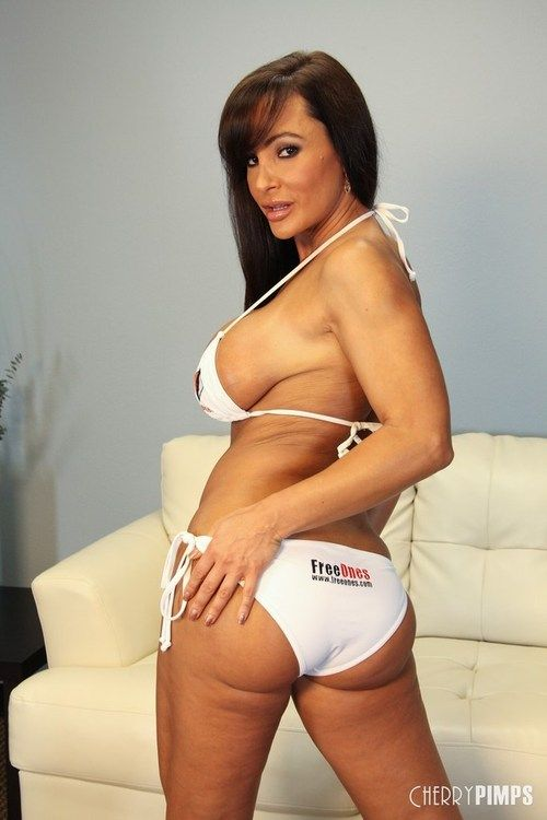 Top rated pornstar Lisa Ann