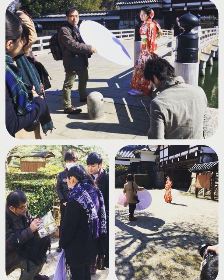 本日、広島城と縮景園でロケーション撮影の研修を行いました! とても天気のいい中、楽しく撮影させていただきました〜! モデルさんもノリノリでポーズも表情もしてくださりました☆ありがとうございました♪ nicoでは4月からロケーション撮影を行なっていきます☆ スタジオでもいいですが、せっかくの成人式、外で気持ちよくおしゃれに楽しく撮影しましょ♪ お待ちしております^^  お問い合わせはこちら☆ 東広島→0120055991 米子→0120079055 八丁堀→0120099025 フォレオ広島東→0120339325 ハピアス海田→0120054025 イオン津山→0120031325  #成人式 #振袖 #ロケーション撮影 #ロケ撮 #ロケーションフォト #広島城 #縮景園