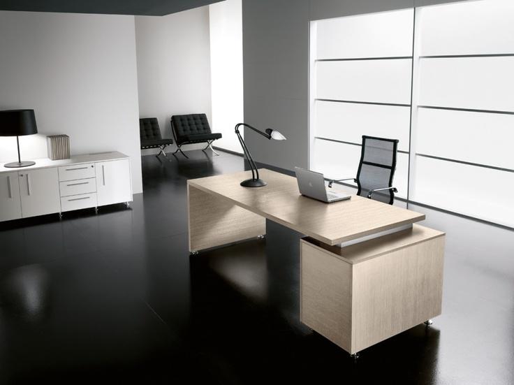 Colori chiari e forme moderne per un programma ufficio in grado di arredare con stile ed eleganza.