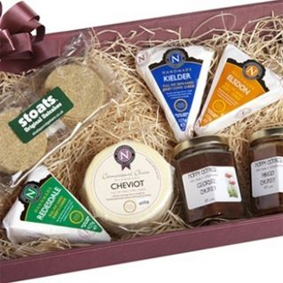Posh Cheese, Chutney & Crackers Hamper £30  If you like this, why not add it to a Christmas wish list on My List Is Here?  Share your list with family & friends and get a gift you'd really want this Christmas!