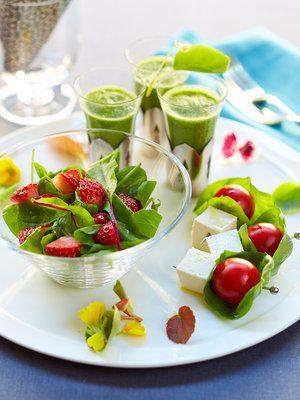 【ELLE a table】酵素たっぷりのアンティパストミスト~ヘルシーカプレーゼ、ルッコラといちごのサラダ、小松菜スムージーレシピ|エル・オンライン