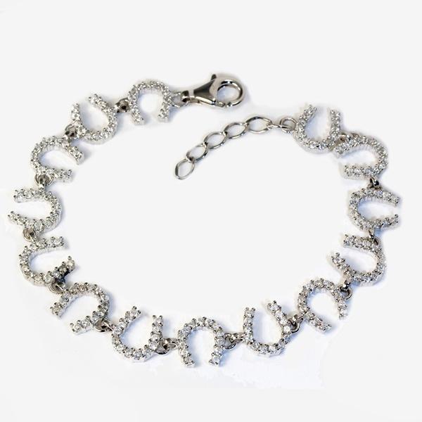 Claw Set Horseshoe Bracelet BR16
