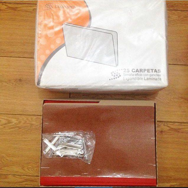Línea Artículos de Oficina y Papeleria. Carpetas Lamimadas con gancho tamaños: Carta y Oficio. Contáctanos  comercializadoraajgscarabobo@hotmail.com 0241-4163065 0424-4708594 #carpetas #carpeta #carta #oficio #servicio #suministros #suministrosajgs #productos #limpieza #productosdelimpieza #articulosdelimpieza #desechables #articulosdeoficina #papeleria #carabobo #valencia #naguanagua #sandiego #venezuela #empresas #oficinas #hoteles #restaurantes #clinicas #colegios #universidades…