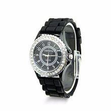 2016 Nueva Ginebra Faux Blanco y Negro Piedras Chronograph Reloj de Silicona Reloj de Las Mujeres Vestido de Relojes de Regalo Relogio Feminino(China (Mainland))