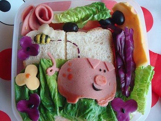 niečo pod zub. A different bologna sandwich