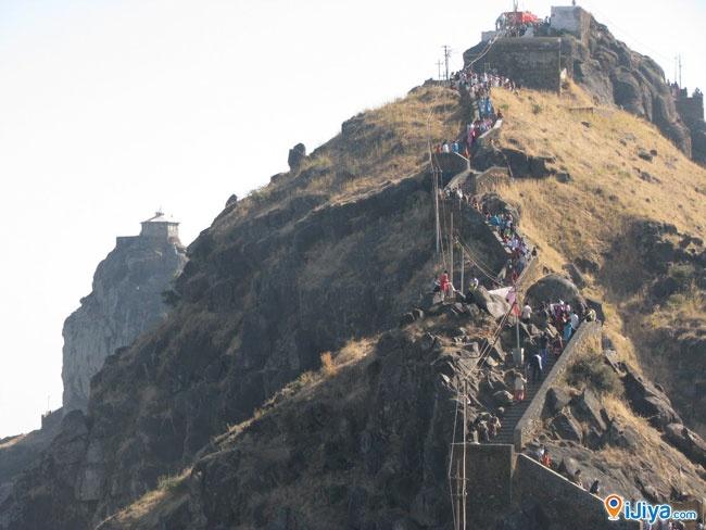 Jai Girnari..... Girnar Mountain, Junagadh http://ijiya.com/8236226