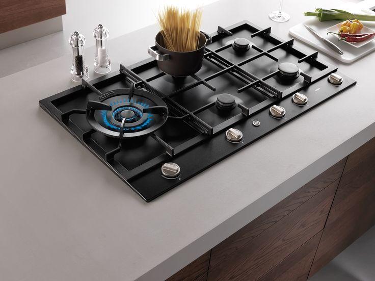 In de kleur grafiet uitgevoerde atag inbouw gaskookplaat for Aanrechtblad karwei