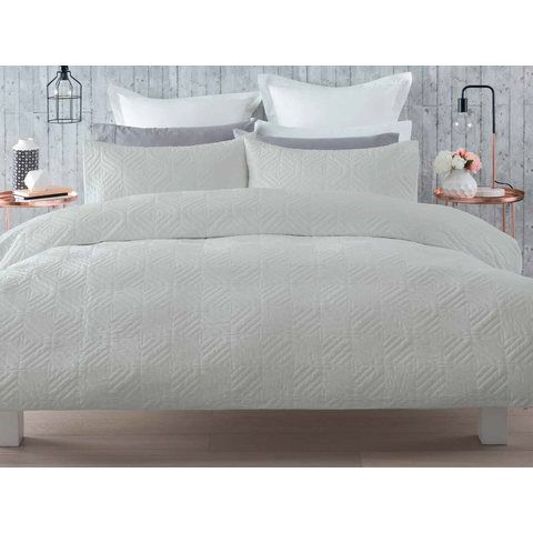 Quentin Quilt Cover Set - Queen Bed