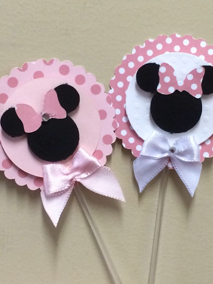Etiquetas de minnie y  mickey mouse