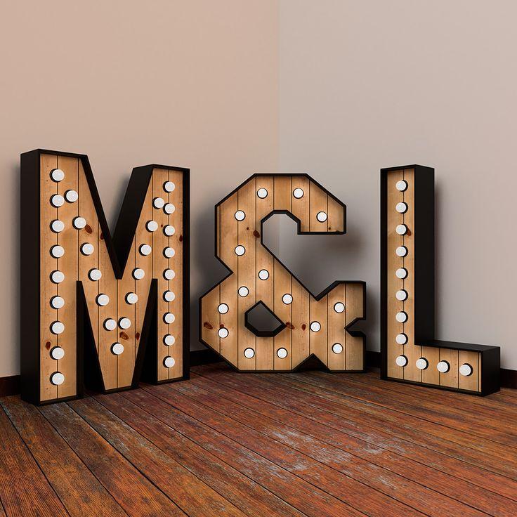 """Pack de letras luminosas para ru boda. Incluye dos iniciales y el símbolo""""&"""", todas en 120cm de altura. Reserva las tuyas ya!"""