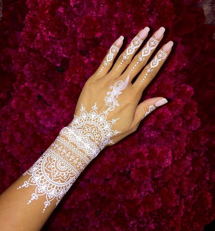 64 Stunning White Henna Design Ideas That You Will Love - Blurmark