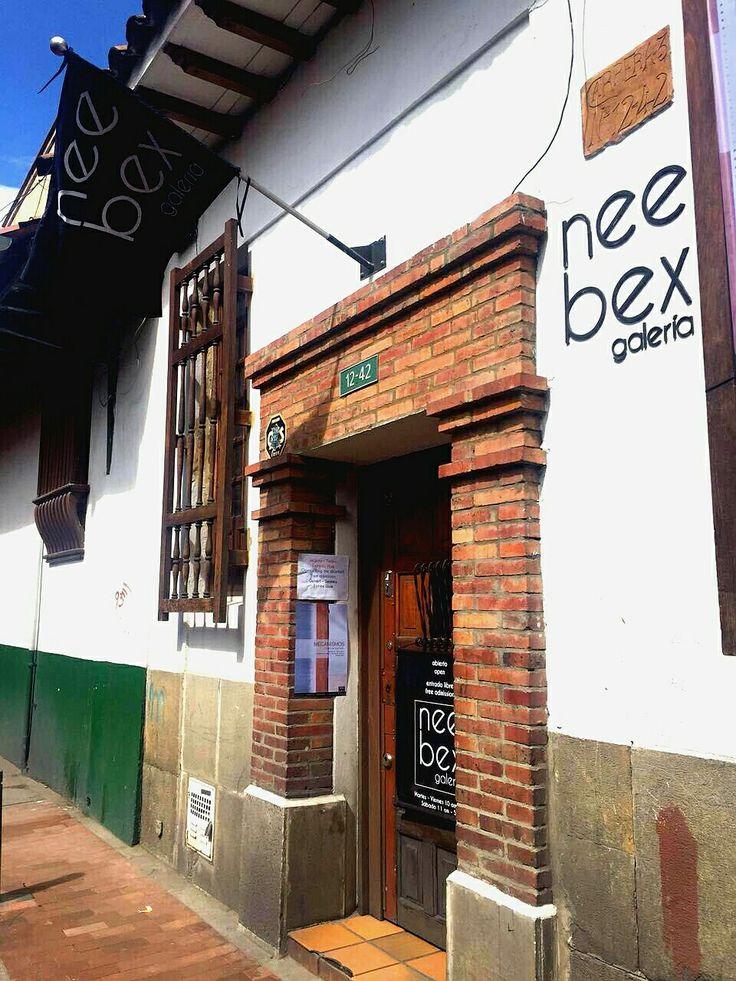 Visita en La Candelaria la galería Nee Bex, sólo en #EncontrasteLaCandelaria #ZonaC #LaCandelaria #Bogotá Visita: www.encontrastelacandelaria.com  Fotografía tomada por: Carolina González