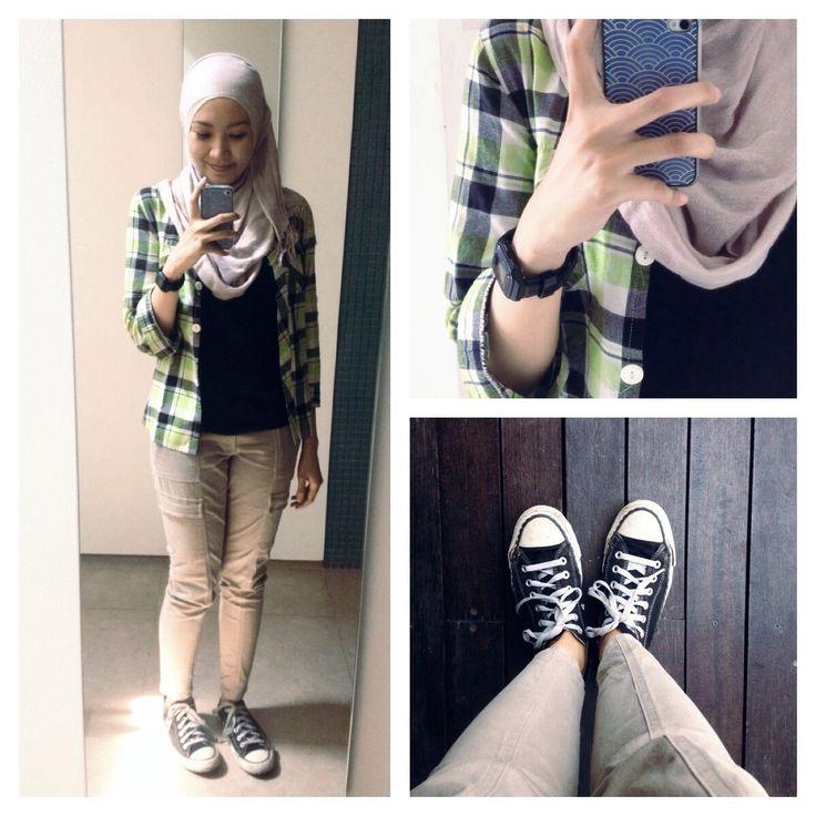 #ootd hijab style : skinny cargo pants, t-shirt, plaid ...