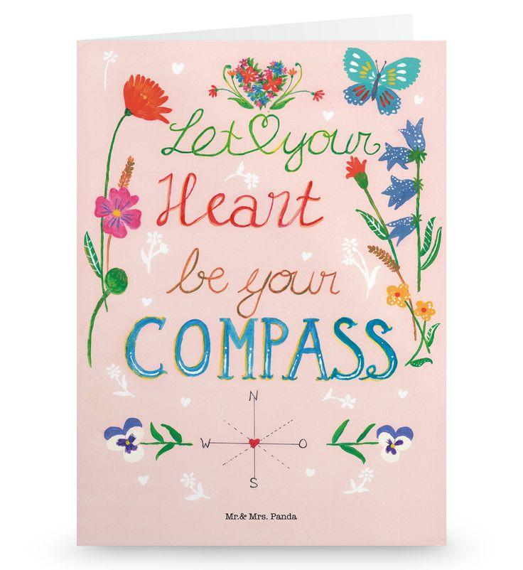 Grußkarte Let your heart be your compass aus Karton 300 Gramm weiß - Das Original von Mr. & Mrs. Panda. Die wunderschöne Grußkarte von Mr. & Mrs. Panda im Format Din Hochkant ist auf einem sehr hochwertigem Karton gedruckt. Der leichte Glanz der Klappkarte macht das Produkt sehr edel. Die Innenseite lässt sich mit deiner eigenen Botschaft beschriften. Über unser Motiv Let your heart be your compass Lerne, deinem Herzen zu folgen. Verwendete Materialien Diese wunderschöne Produkt aus edlem…
