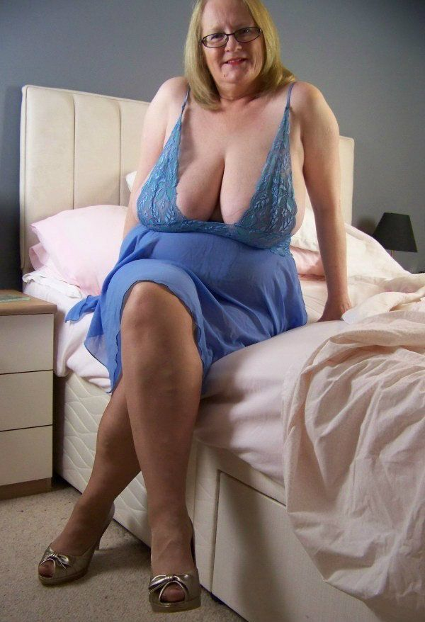 1181 Best Sexy Mature Ladies Images On Pinterest  Older -1815