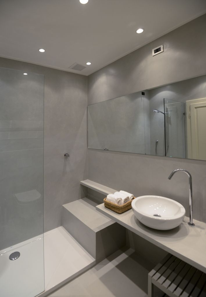 Via Santa Croce Lucca 7 bathroom