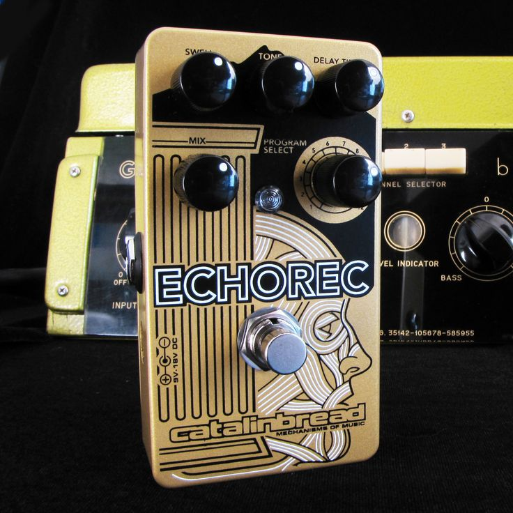 While I find a real Binson Echorec to add to my studio, I think this pedal makes a great job in giving the same feeling. Is it like the original one? Of course not, but it's quite close.