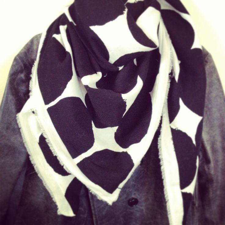 sou sou fabric scarf